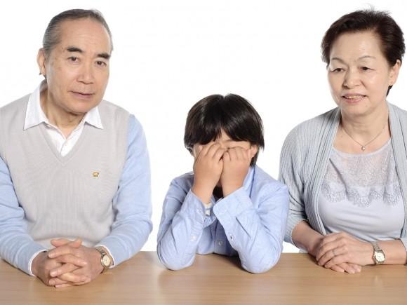 子どもの人見知り対策、親がすべきこと、すべきでないこと