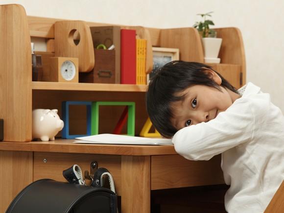 【ママ必見】男の子に宿題をやる気にさせる4つのコツ