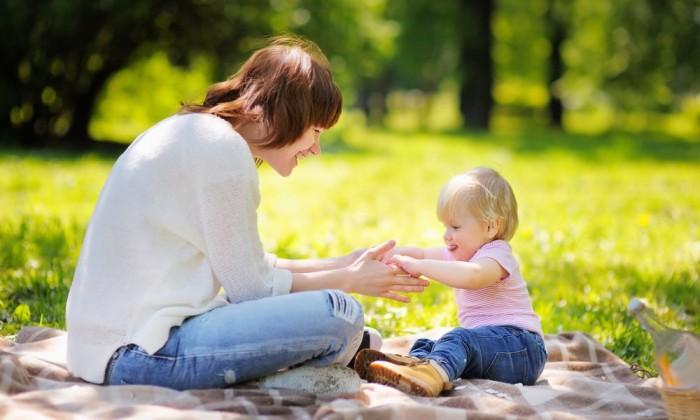 シッター先進国は子どもの孤独感が低い!?日本でベビーシッターが普及しない本当の理由とは