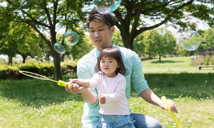 遠くの自然より近所の公園!パパにしかできない外遊びを極めよう【理想のパパになる 第3回】