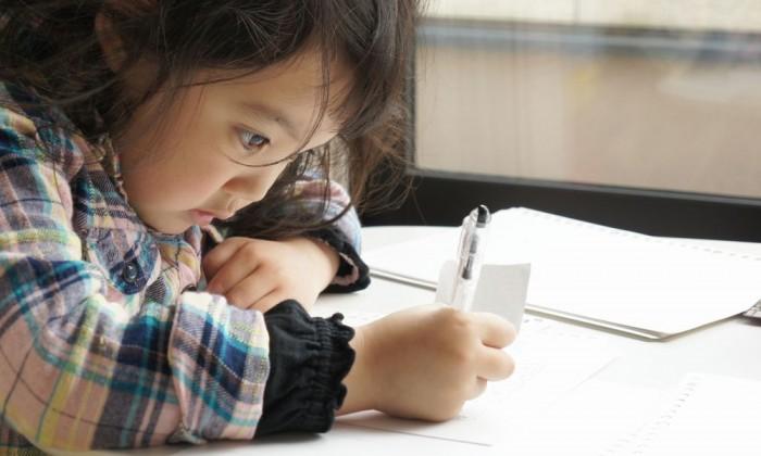 幼児期に塾通い&家庭教師は当たり前?驚きのシンガポール家庭学習現場をレポート!
