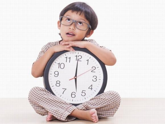 小学校まであと2ヵ月!男の子に時間を守らせる4つのコツ