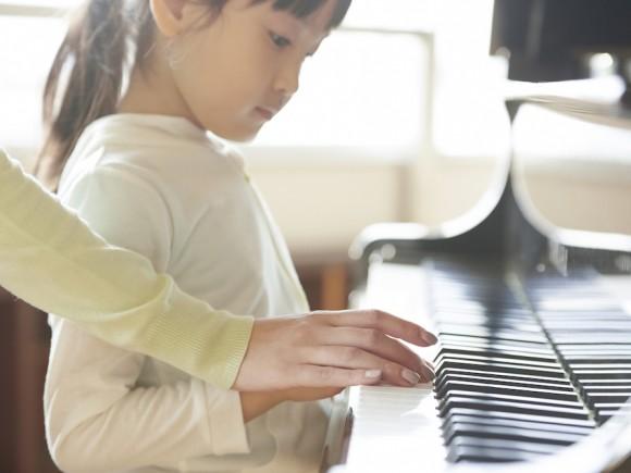 ママが気になる7つの疑問にお答え!わが子に合ったピアノ教室の正しい選び方とは?