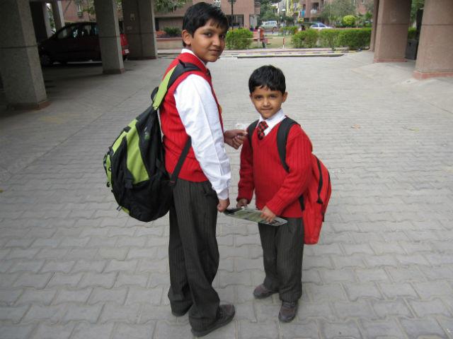 前編・学校に通うインドの子供