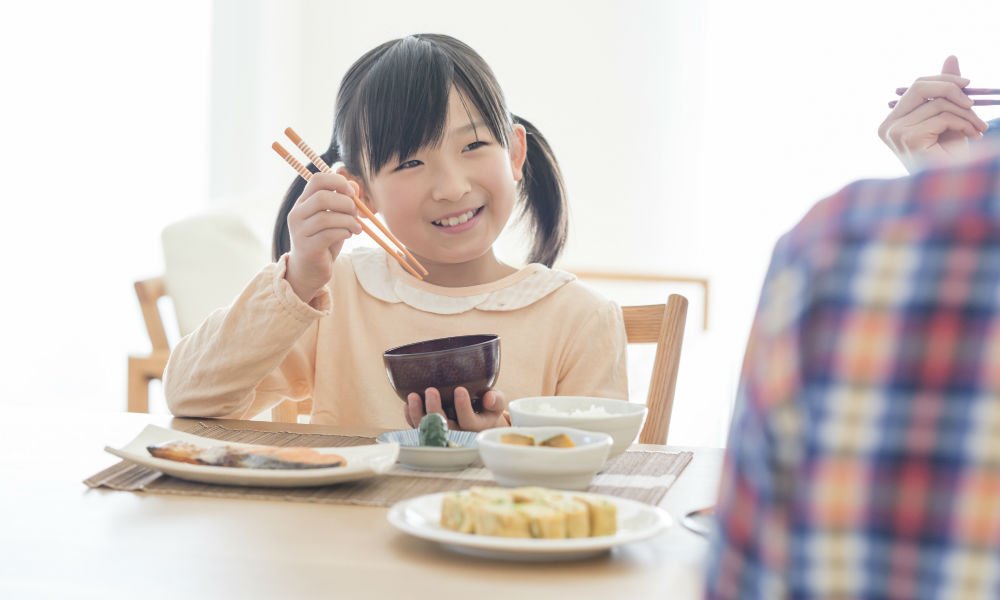 幼児期の良質な食事と学力は比例する!脳と体の発育発達のために、いま食べるべきものとは? | SHINGA FARM